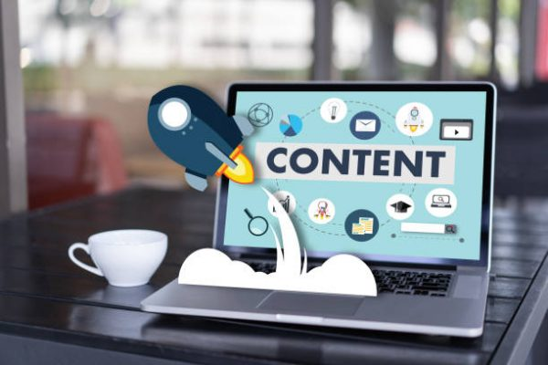Write a Blog Post That Gets Lots of Traffic. Content driven SEO.